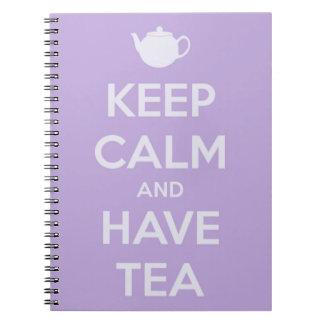 Mantenga tranquilo y tenga cuaderno de la lavanda