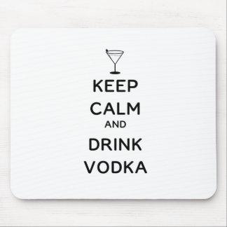Mantenga vodka tranquila y de la bebida alfombrillas de ratones