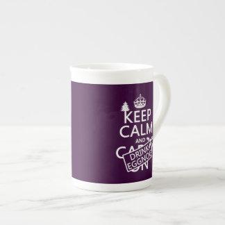Mantenga yema tranquila y de la bebida (los colore taza de porcelana