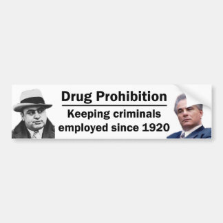 Manteniendo a criminales empleados etiqueta de parachoque