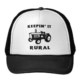Manteniéndolo rural gorras de camionero