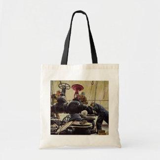 Mantenimiento marítimo del vintage, marineros en l bolsa
