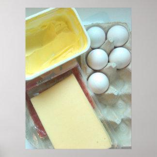 Mantequilla, queso y poster de los huevos