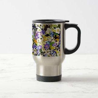 Many flowers travel mug