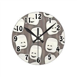 Many Marshmallows Pattern Round Clock