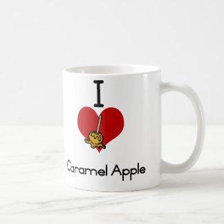 Manzana de caramelo del amor-corazón I Taza Básica Blanca