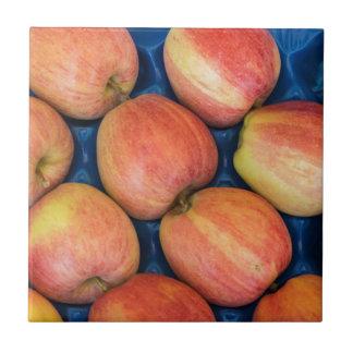 manzana en el mercado azulejo cuadrado pequeño
