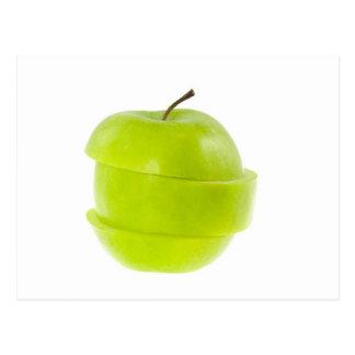 Manzana verde cortada tarjeta postal