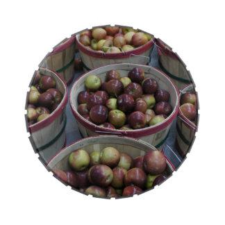 Manzanas de la caída latas de dulces