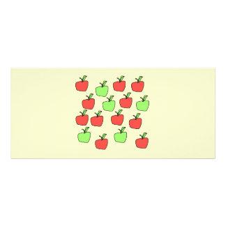 Manzanas rojas y manzanas verdes modelo en la cr tarjeta publicitaria personalizada