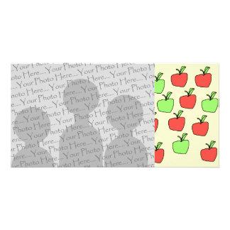 Manzanas rojas y manzanas verdes modelo tarjeta fotográfica personalizada