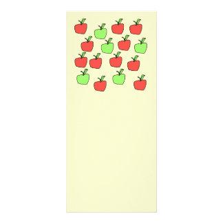 Manzanas rojas y manzanas verdes modelo tarjeta publicitaria a todo color