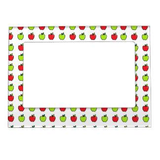 Manzanas rojas y verdes marcos magnéticos