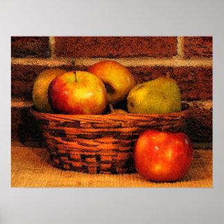 Manzanas y peras poster