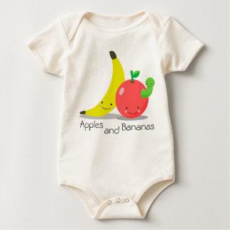 Manzanas y plátanos mameluco