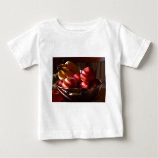 Manzanas y plátanos t shirt
