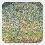 Manzano De Gustavo Klimt, arte Nouveau del vintage Calcomania Cuadradas Personalizada