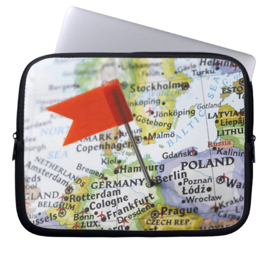 Map pin placed in Berlin, Germany on map, Laptop Sleeve