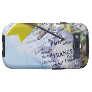 Map pin placed in Paris, France on map, close-up Galaxy SIII Cover