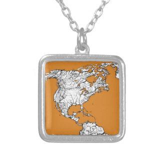 mapa anaranjado de la tierra del planeta joyeria