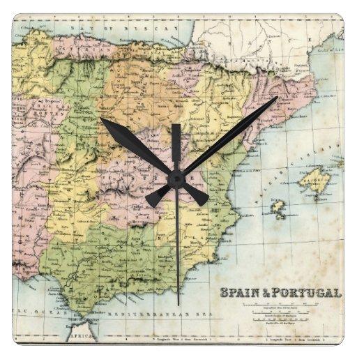 Mapa antiguo de España y de Portugal Reloj De Pared