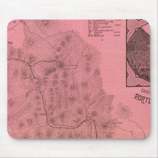 Mapa blanco del top de las montañas tapete de ratón
