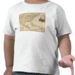 Mapa coloreado de la mano compuesta de camisetas
