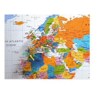 Mapa colorido del viaje tarjetas postales