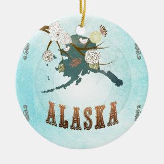 Mapa de Alaska con los pájaros preciosos Adorno Redondo De Cerámica