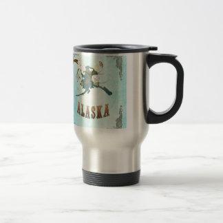 Mapa de Alaska con los pájaros preciosos Taza De Café