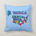 Mapa de América y almohada de las banderas de los