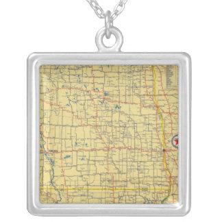 Mapa de camino N y S Dakota Colgante Cuadrado