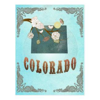 Mapa de Colorado con los pájaros preciosos Postal