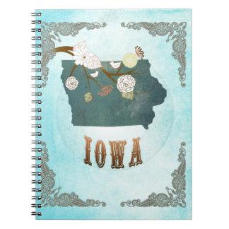 Mapa de Iowa con los pájaros preciosos Spiral Notebooks