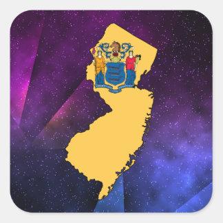 Mapa de la bandera de New Jersey en fondo Pegatina Cuadrada