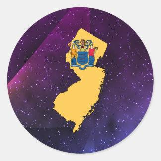 Mapa de la bandera de New Jersey en fondo Pegatina Redonda