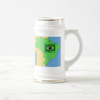Mapa de la hidrología y bandera del Brasil Jarra De Cerveza