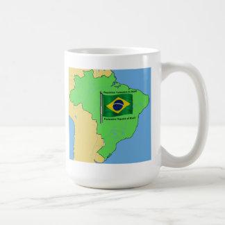 Mapa de la hidrología y bandera del Brasil Taza Clásica