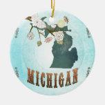 Mapa de Michigan con los pájaros preciosos Adorno Navideño Redondo De Cerámica