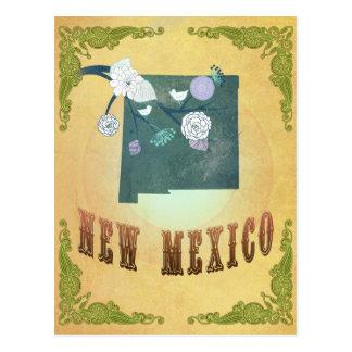 Mapa de New México con los pájaros preciosos Postales