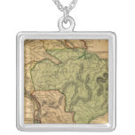 Mapa de Suramérica por Worcester Collar Plateado