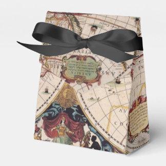 Mapa de Viejo Mundo antiguo rústico del vintage IV Caja Para Regalos