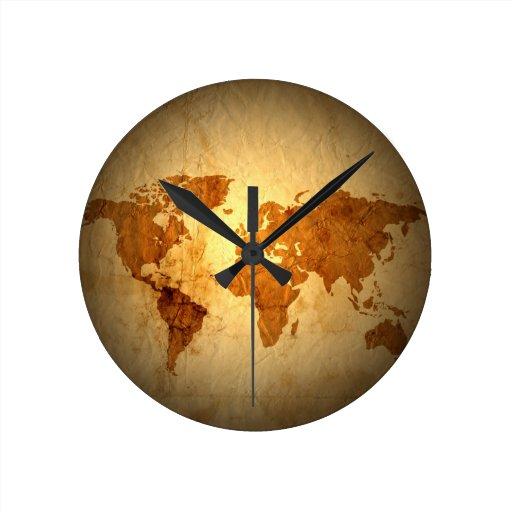 mapa de Viejo Mundo en el papel arrugado vintage Relojes