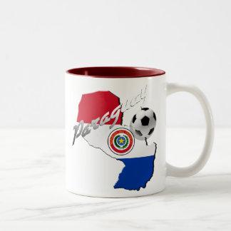 Mapa del balón de fútbol de la bandera de Paraguay Tazas De Café