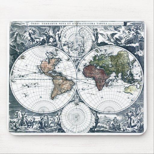 Mapa del mundo 1658 de Nicolao Visscher del vintag Mousepads