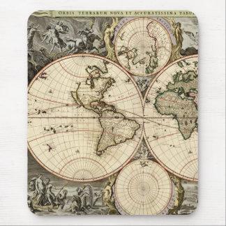 Mapa del mundo antiguo de Nicolao Visscher, circa Alfombrilla De Ratón