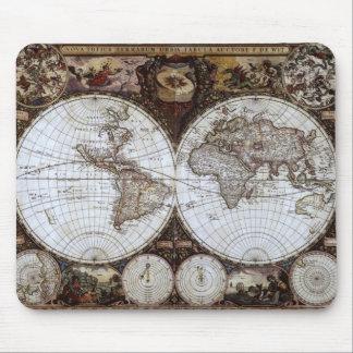 Mapa del mundo antiguo tapetes de ratón