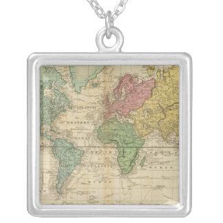 Mapa del mundo colorido colgante cuadrado