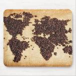 Mapa del mundo de HealthyCoffee en granos de café Alfombrilla De Ratones