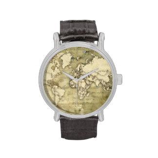 Mapa del mundo de papel gastado reloj